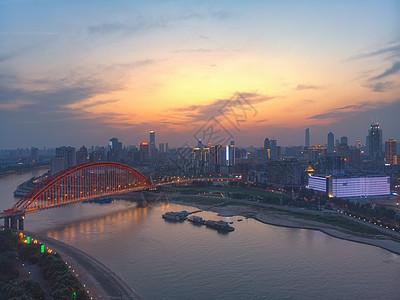 武汉汉江晴川桥图片
