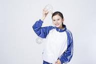 拿着灯泡的女学生500910671图片