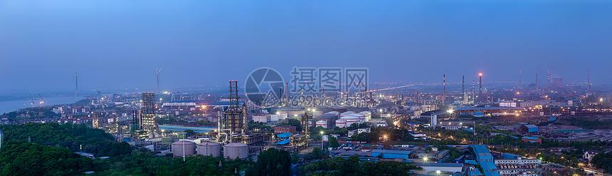 化工厂夜景图片