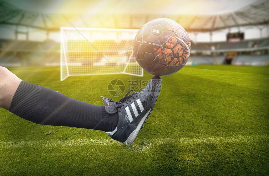 世界杯脚尖上的足球图片