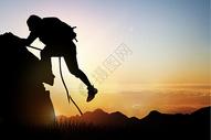 登山的人物剪影图片