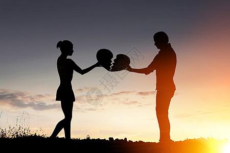 夫妇结束关系的剪影图片
