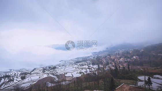 云南元阳梯田图片