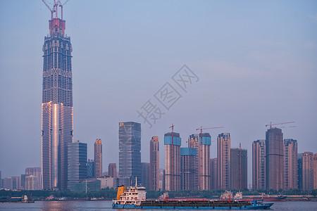 中国在建第一高楼636米武汉绿地中心图片