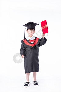 儿童小女孩毕业服手持荣誉证书教育图片