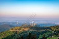 湖北仙居顶晨曦风车风景图片