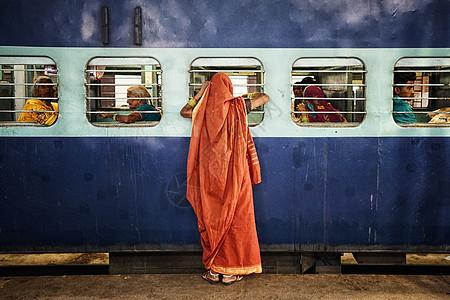 印度火车月台图片