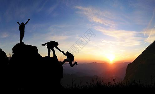 励志登山场景图片