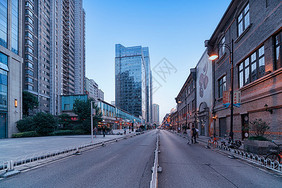 武汉楚河汉街的道路图片