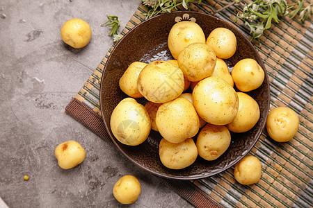 农家有机小土豆图片