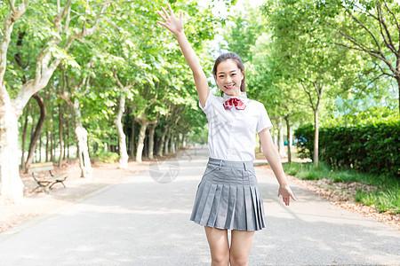 青春校园学院风女生校园写真图片