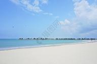 海南东郊椰林沙滩图片
