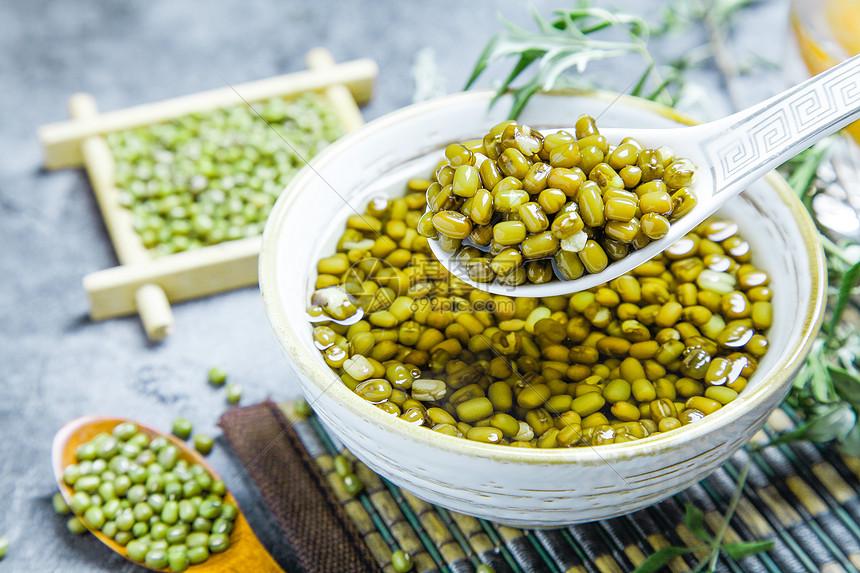 冰爽绿豆汤图片