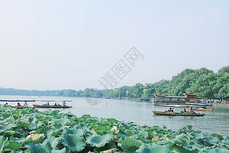 杭州西湖泛舟图片
