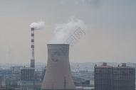 工厂排污烟囱图片