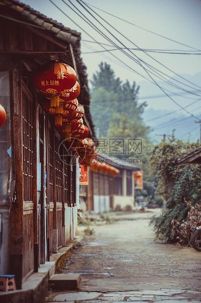 宁静的古镇老街图片