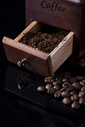 咖啡豆静物图片