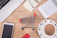 购物办公桌面图片