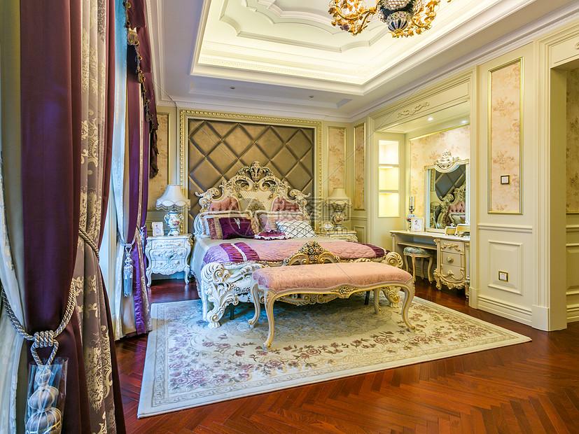 欧式简约风卧室图片