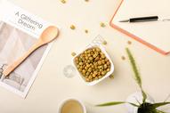 休闲食品美国青豌豆图片