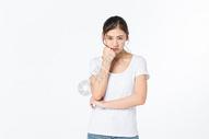 心情低落的女孩图片