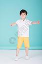 可爱儿童小男孩活泼童年图片