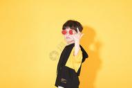 时尚儿童小男孩带卡通眼镜500946307图片
