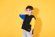 时尚儿童小男孩带卡通眼镜500946311图片