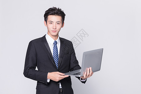 商务男性使用电脑图片