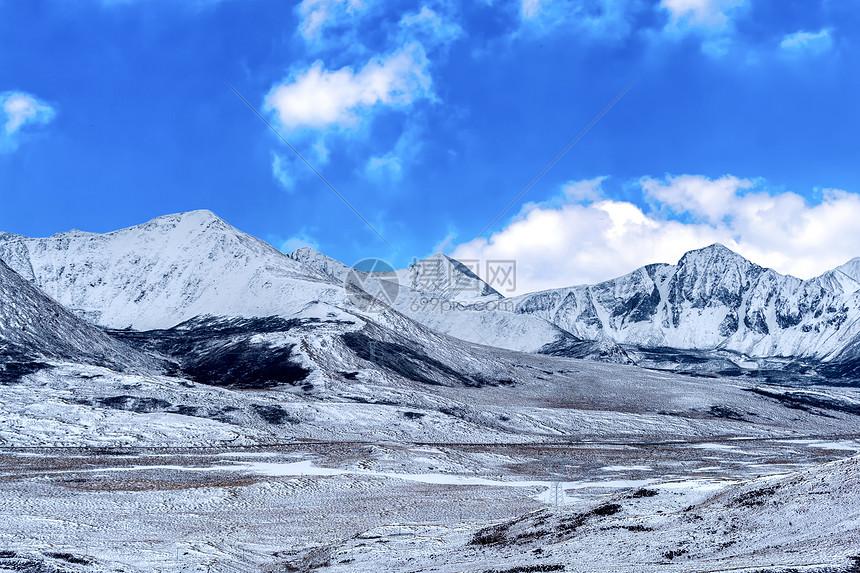 拉脊山雪山图片