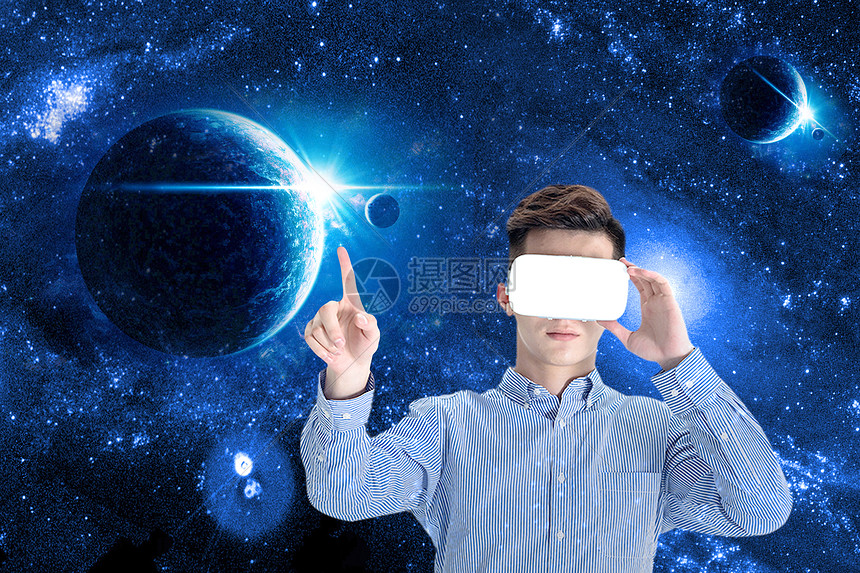 VR眼镜虚拟体验图片