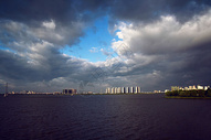 湖畔现代城图片