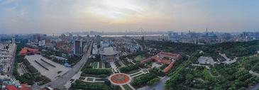 俯瞰武汉辛亥革命纪念馆全景长片图片