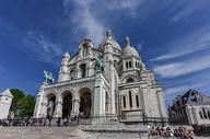 法国巴黎著名旅游景点圣心大教堂图片