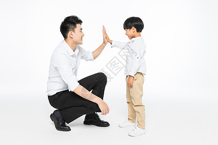 亲密的父子图片
