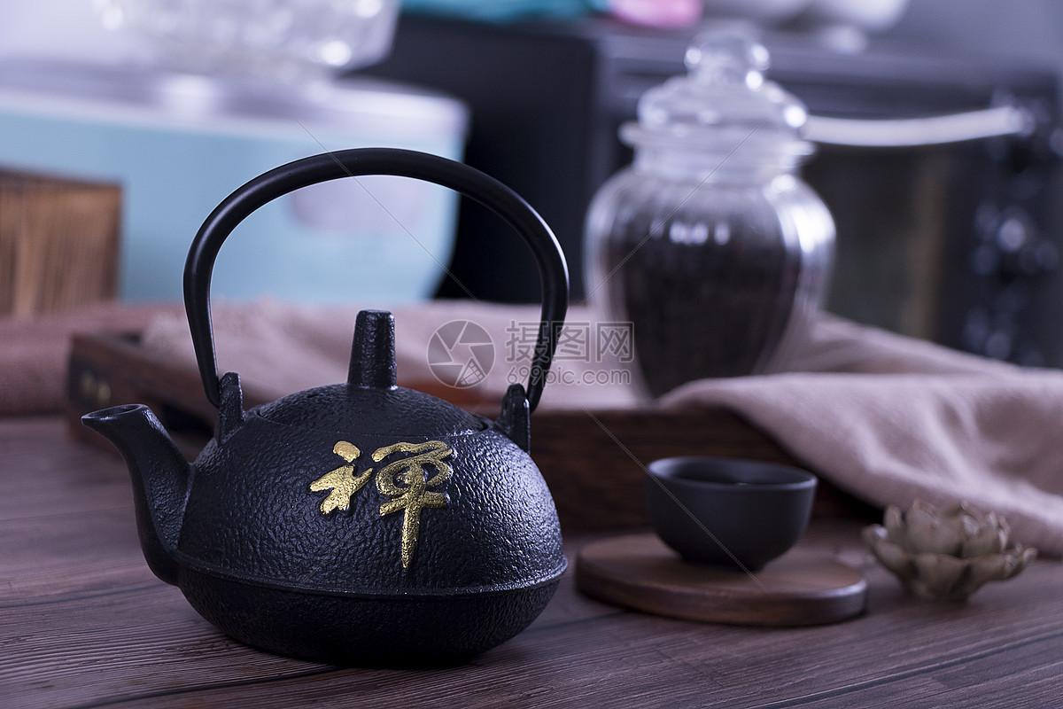 常用自制鲤鱼饵料配方技巧_1
