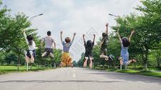 青春毕业季500959380图片