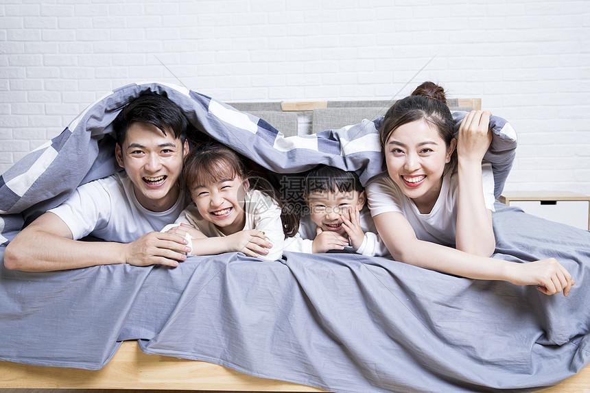 家庭亲子图片