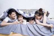 家庭生活玩耍图片