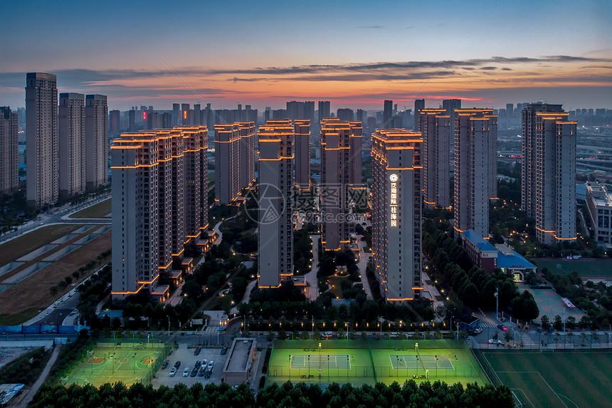武汉CBD商务区泛海国际居住区图片
