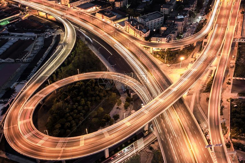 夜幕下的二环线车流图片