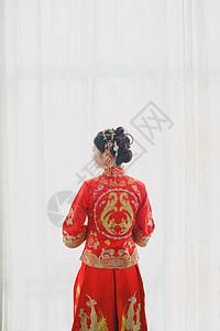 美丽新娘的背影图片