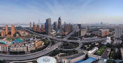 俯瞰武汉城市风光立交桥全景长片图片