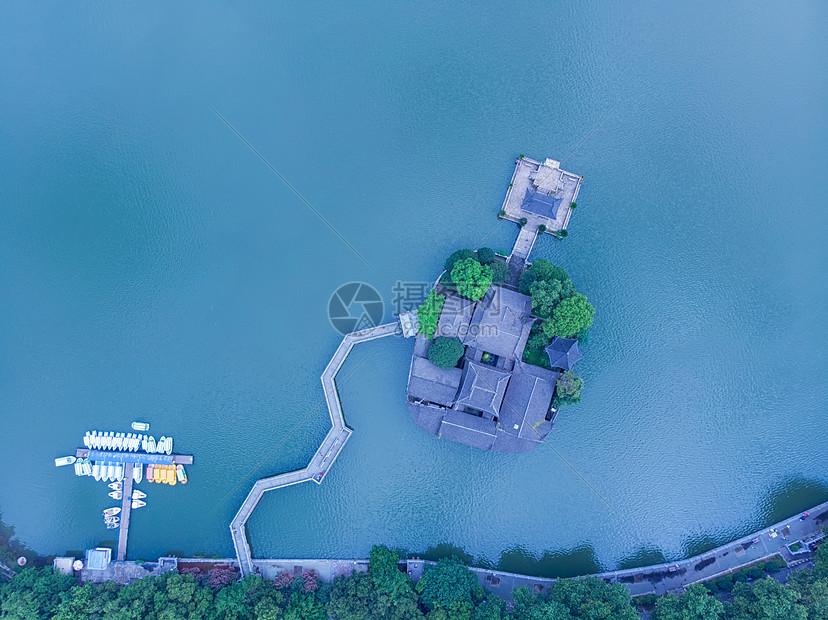 俯瞰江西九江地标烟水亭图片