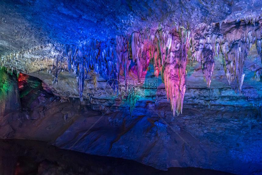 重庆酉阳溶洞图片