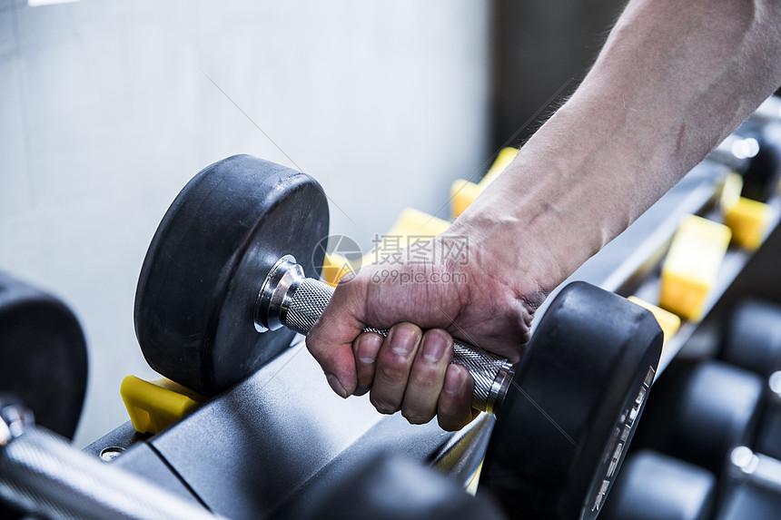 男士健身哑铃图片