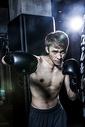 男士健身拳击500966850图片