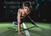 健身房强壮男性做俯卧撑500966956图片