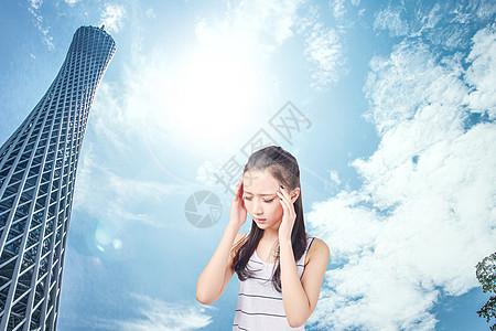 夏日高温中暑头晕的女生图片