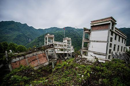 四川汶川地震遗址熊猫大道图片